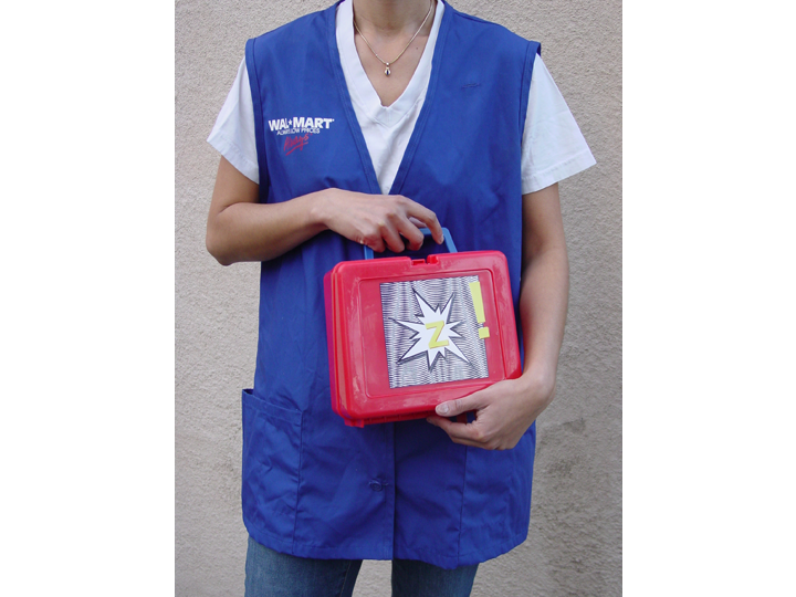 zapped_walmart-vest_lunchbox_720